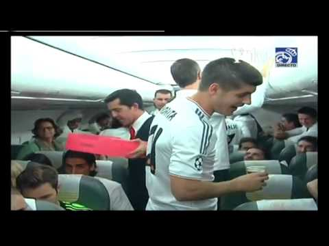 La Decima Celeberation On The Plane