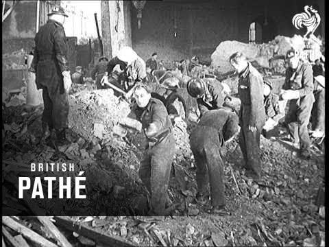 7 Септември 1940 -  Нацистка Германия започва масирани нощни бомбардировки над Лондон (първата от 57 последователни бомбардировки)