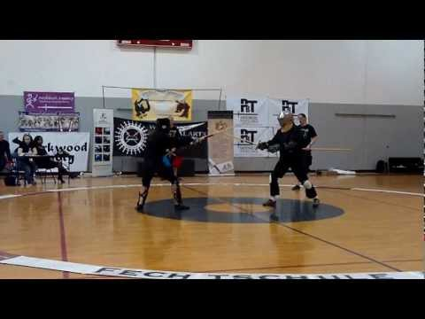 Fechtschule America 2012: Longsword Tournament Pool 11 - Roberto Martinez-Loyo & ?