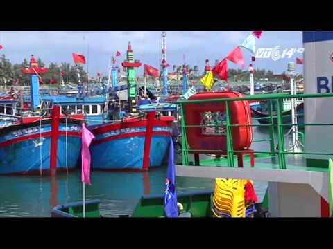 (VTC14)_Quảng Ngãi đưa vào khai thác tàu dịch vụ hậu cần nghề cá vỏ thép đầu tiên