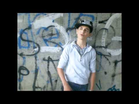 Adnan Hip Hop Style 2011 & SveT BoY VeDaT Romane + Français Dalip emran fabijan 2011-2012