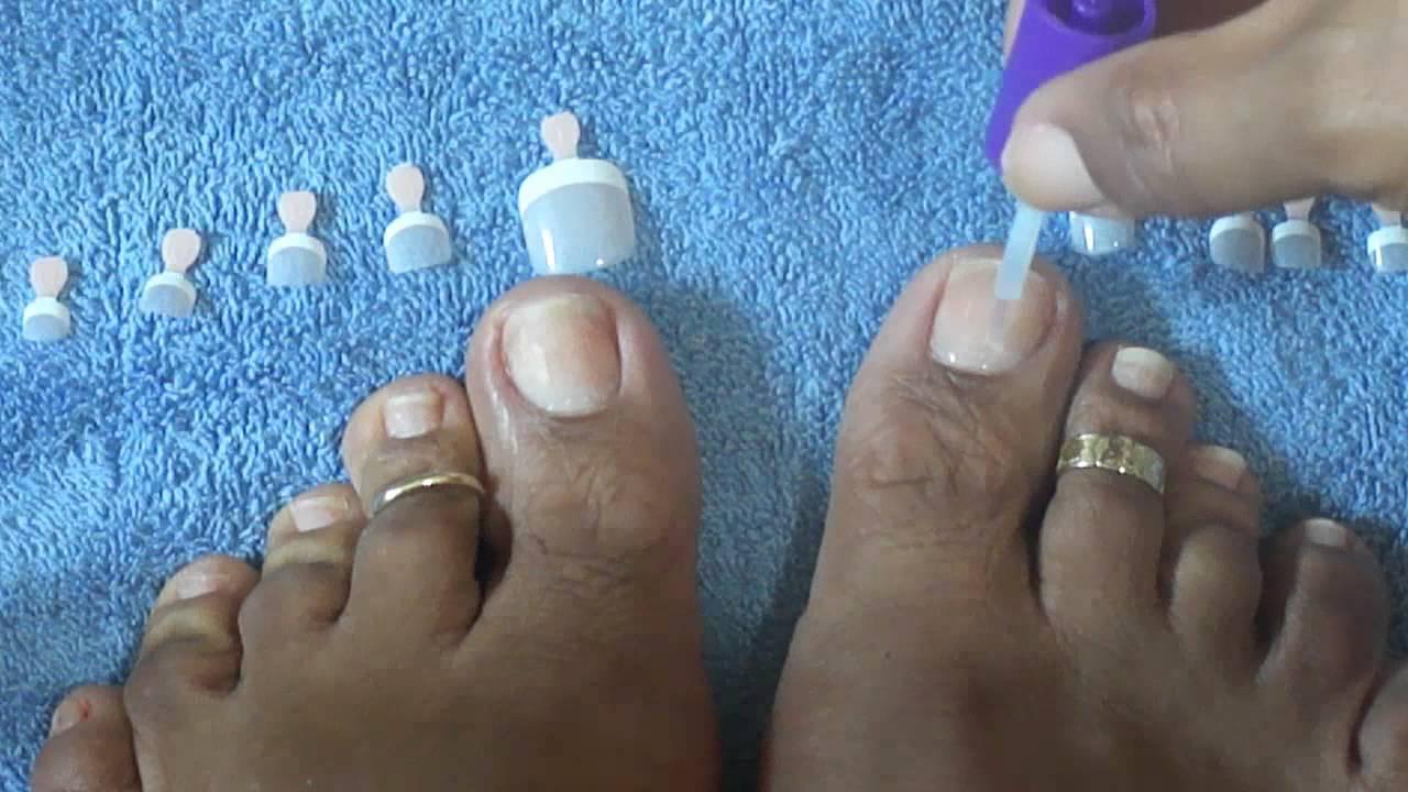 How to apply kiss salon french toenails tutorial youtube for Acrylic toenails salon