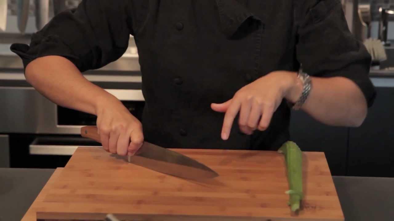 knife cut the proper cutting technique youtube. Black Bedroom Furniture Sets. Home Design Ideas