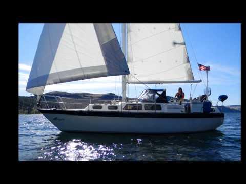 Sailing AQUILA Slideshow