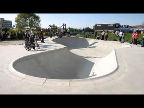 Tolworth Skatepark Bowl Surbiton Greater London