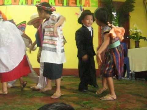 Baile Folklorico Guatemalteco  (colores de Mi Guatemala)