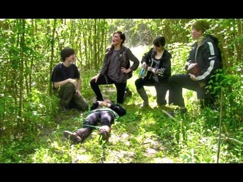 Hunger Games - Deleted Scenes and Outtakes (SPOOF), Warning: In this video, Effie Trinket is a bit of a pedophiliac nazi. SPOLERS! Don't watch if you haven't read the first book/seen the movie. Twitter - https...