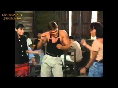 Van Damme Dançando Sai da frente que lá vem a zorra