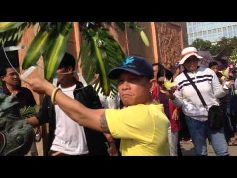 TpHCM: Phá tan nát vòng hoa tưởng niệm Chiến tranh Việt Trung