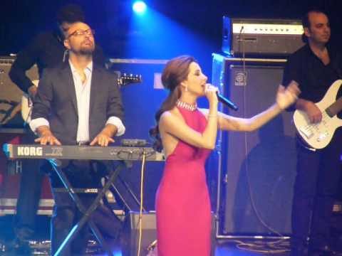 Nancy AJRAM in Paris few parts of the show ! 25/04/2014