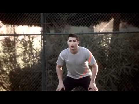 Cristiano Ronaldo vs Rafa Nadal (Nike Mercurial Vapor VIII TV Spot) -ARgeHvanTf4