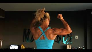 Muscular Fitness Woman Flexing Her Powerful Steel Ripped
