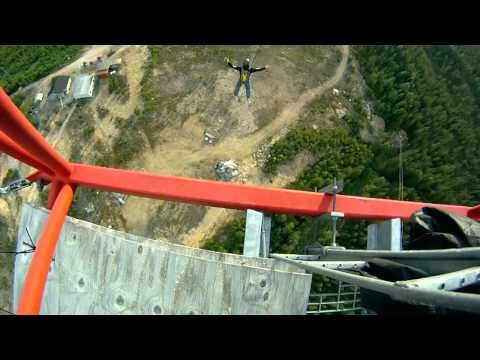 Radio Arcala base jump