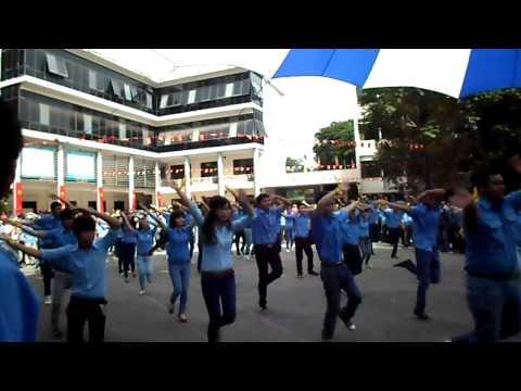 Điệu nhảy rửa tay vui nhộn - Trường CĐKT Cao Thắng