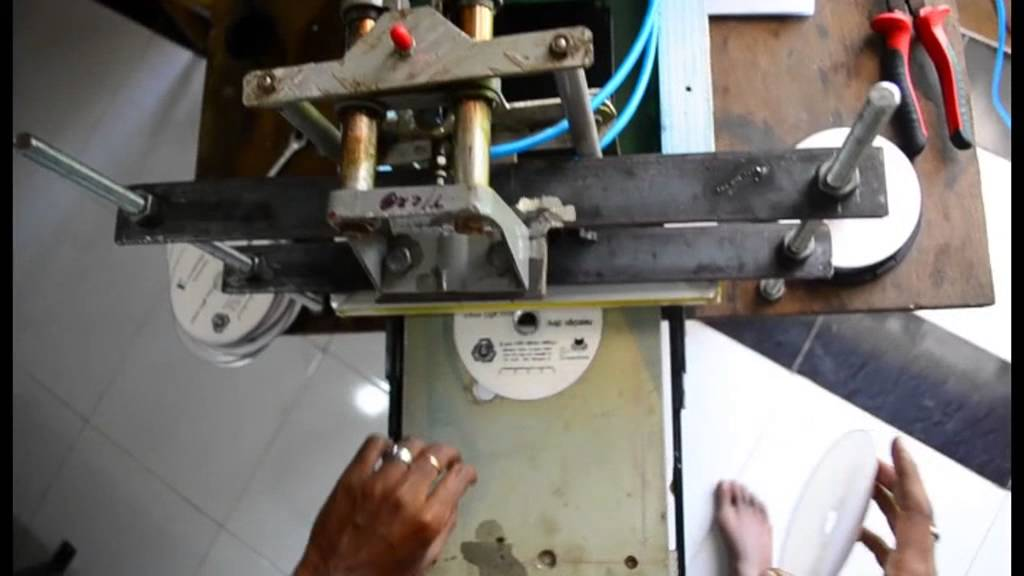 how to make a silk screen printer at home