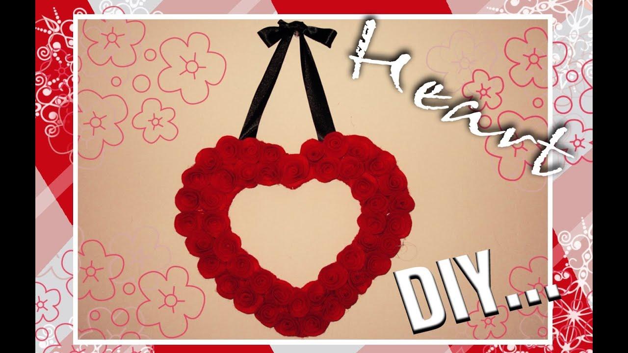 Diy adorno de coraz n con rosas de fieltro decoraci n - Decorar para san valentin ...