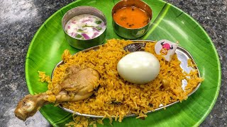 Yummy Veg & Non Veg food at Tamil Nadu House Canteen
