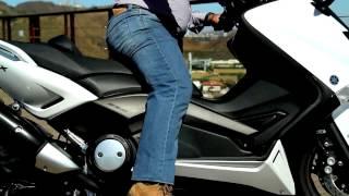 Yamaha T-Max 530 � ideal para deslocar na cidade e ainda tem um toque diferente