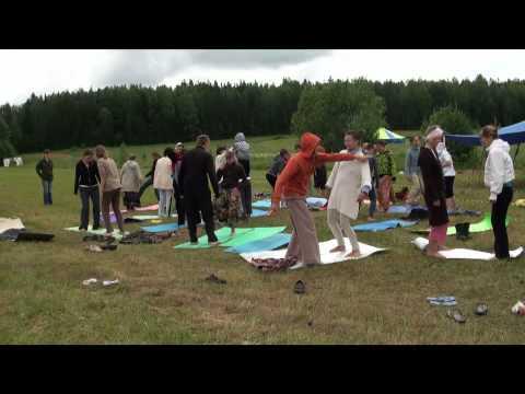 """Парная йога. 1-е занятие (фестиваль """"Энергия Жизни 2011"""")"""