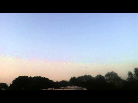 RC plane Radjet-800 2s flying and with a minor crash