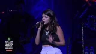 Nikki Yanofsky - The Little Secret Tour, 2013