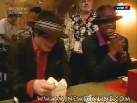 See Michael Jackson Dying from laughter on the set of