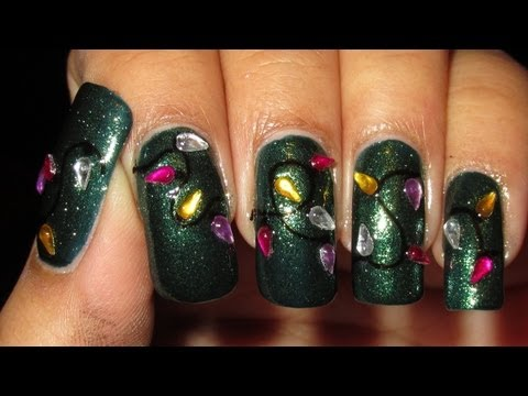 Christmas Lights Nail Art Tutorial, I hope to have time for one more tutorial but we'll see since I have to work this weekend - normal work on Saay & baking work on Sunday =) Nail polish & ...