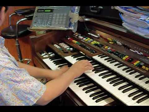 d85 yamaha organ solo one man band