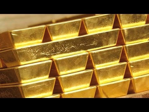 Gold Dives to Four-Week Low as Investors Take Profits