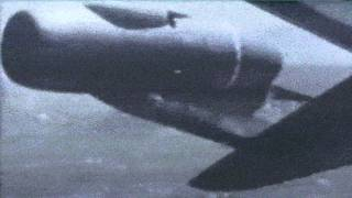 Tex Johnston does a Barrel Roll in Boeing's First Jet Airliner