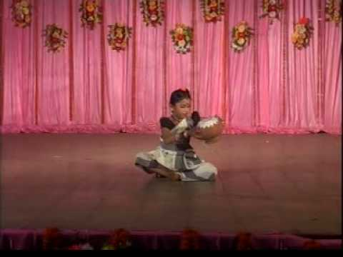 Indian Folk dance of Swetha Warrier: youngest(9 years) to get Nritya-Shree award