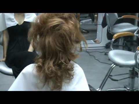 Cocuri 2012 Salon Iasi Donna Carina Iulius Mall - Cocuri 2012 Video 2