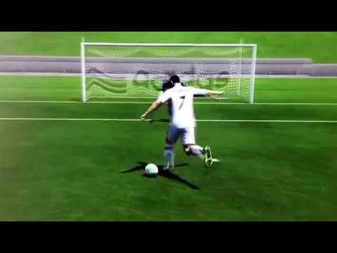 ¡Gol de Cristiano Ronaldo en Campo de entrenamiento de Rabona! | FIFA 14
