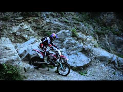 Red Bull Romaniacs Official Video: slow-mo study: the world`s best Enduro suspensions @ work