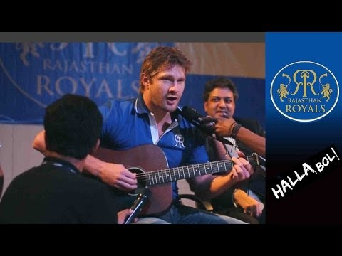 Shane Watson playing Guitar & Singing @ an Event