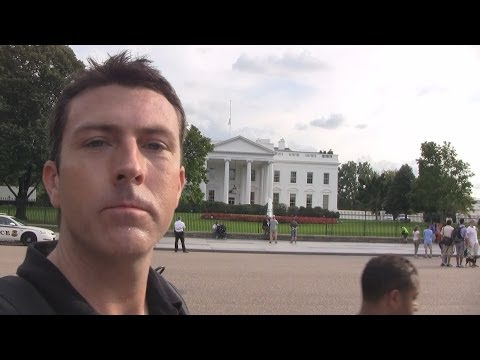 Mark Dice at the White House Asking Tourists about Bilderberg Group