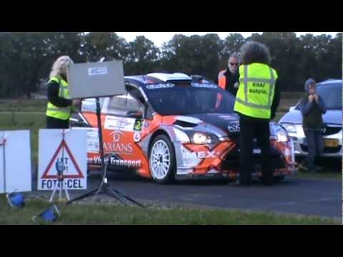 Hellendoorn Rally 2012 - Jeroen Swaanen slingerend naar start KP 11