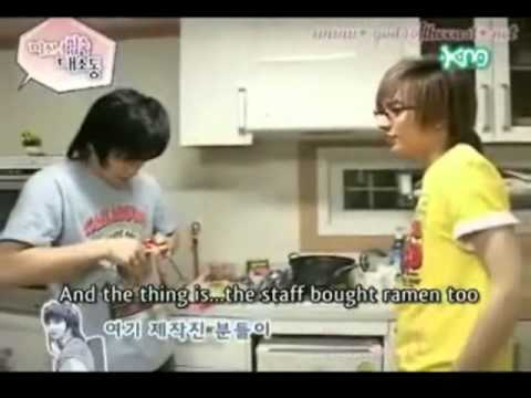 TeukMin Moment #4 Let's steal Ramen