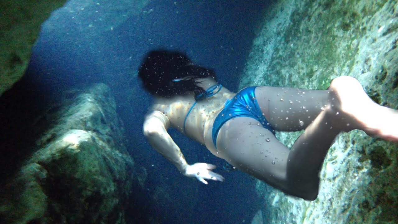 Love suck Underwater bikini porn pics want bury