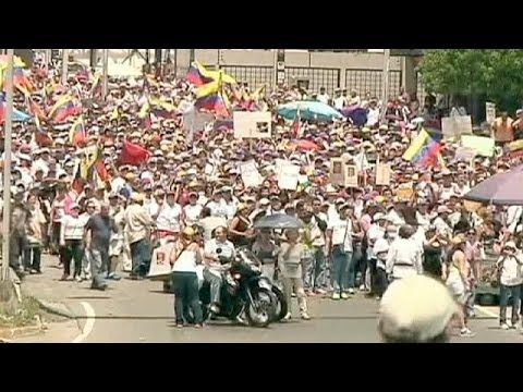 Venezuela: opposition protests continue on eve of anniversary of Hugo Chavez' death