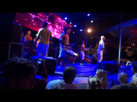 Olodum - Nos Bailes da Vida - Ensaio do Olodum - 05/02/2013