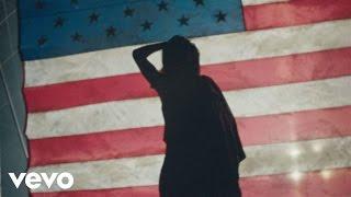 Rihanna – American Oxygen – Canción oficial