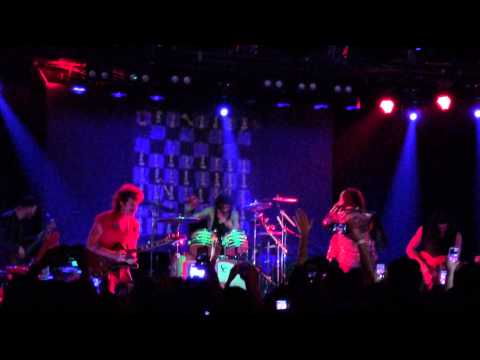 Julian Casablancas + The Voidz @ the Roxy - Father of Electricity