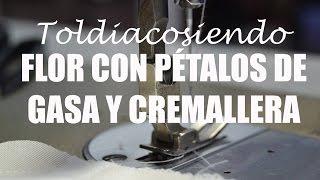 Flor Hecha Con Petalos De Gasa Y Cremallera