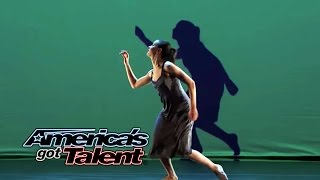 Gorgeous Projection Dance On America's Got Talent