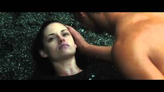 The Twilight Saga: New Moon (2009) Trailer C