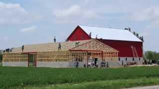 Construindo celeiro em menos 10 horas!