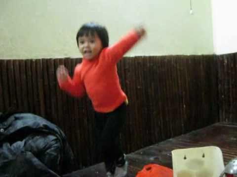 Con gái nhảy hiphop 2