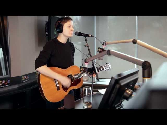 Mo Kenney - 'Deja Vu' (Q107 Session)