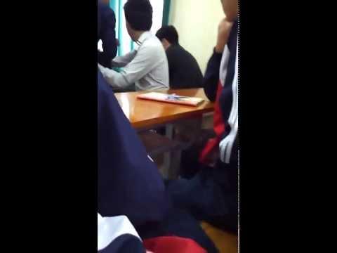 [Cover] Cô giáo rất xinh được hoc sinh hát tặng - Hot